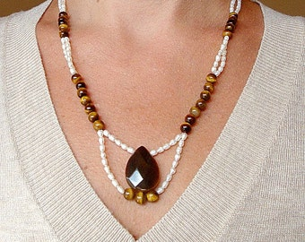 Tiger Eye and pearls necklace