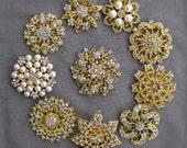 10 Rhinestone Brooch Gold X LARGE Pearl Crystal Wedding Bridal Brooch Bouquet Invitation Cake Decoration Napkin Ring BR118