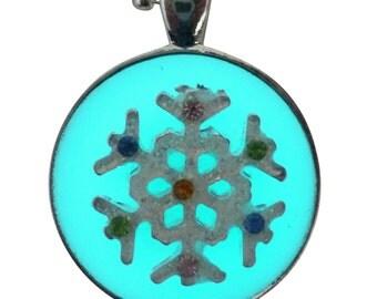 Frozen SnowFlake Queen gothic Lolita pendant charm GLOW in the dark - Fairy Angel magical mystical dust-Aqua