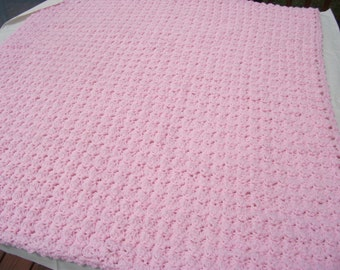 Crocheted Shell Baby afghan