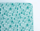 Teal Feather Arrows Fitted Crib Sheet