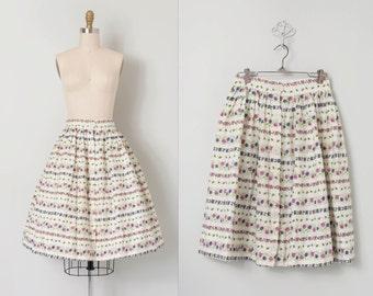 vintage 1950s skirt / 50s floral full skirt / Garden Annuals