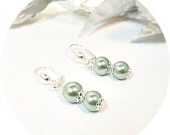 Green Earrings, Pearl Earrings, Sage Green Earrings, Dark Mint Earrings, Bridesmaid Gift, Bridesmaid Earrings, Green Pearl, Dangle