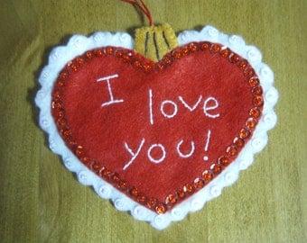 Bucilla Felt RAGGEDY ANN Christmas Morning Collection HEART Ornament