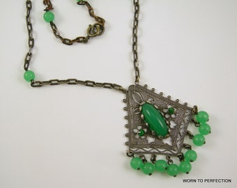 Art Deco Ethnic Style Green Glass Necklace