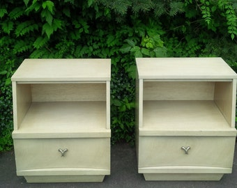 Nightstands PAIR RETRO / Mod Vintage Mid Century Bedside Tables Poppy Cottage