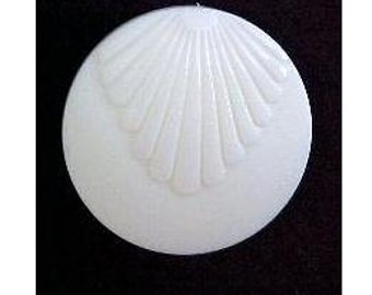Cream Shell Button (00160)*Available in Quantity*