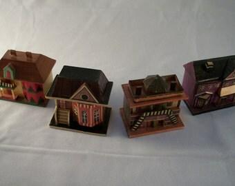 Set of 4 Vintage Wheat Straw House Trinket Boxes - Meow Reo-Style