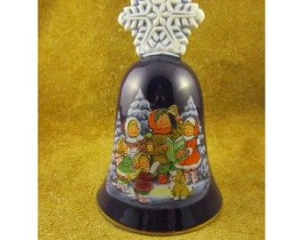 Avon 1987 Christmas Bell – Children Caroling in Snow-Covered Forest – Snowflake Finial Handle – Vintage Christmas