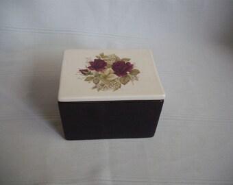 Ceramic Cremation Urn With Roses