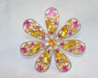 Vintage Fushia Topaz Rhinestone Jewelry Flower Brooch Silver Tone
