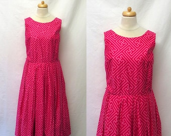 1960s Vintage Peck & Peck Polished Cotton Dress / Pink Geometric Print Glazed Cotton Dress