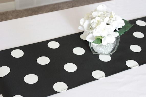 Chemin de table pois noir et blanc choisissez longueur pois for Chemin de table conforama