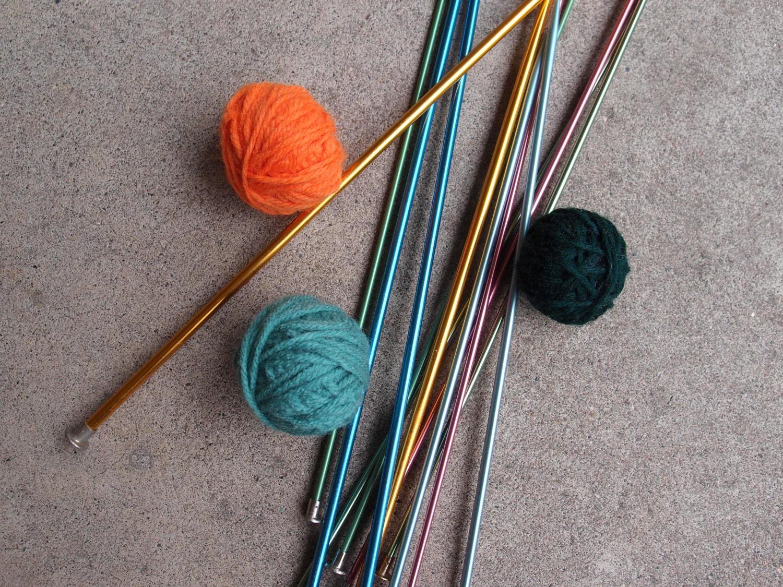 Vintage Knitting Needles : Vintage knitting needles destash lot six aluminum size