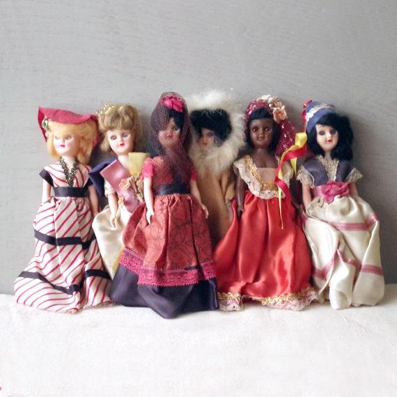 Vintage Dolls of The World Vintage 1960s Plastic Dolls of
