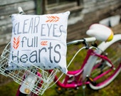 Quote Pillow Cover Clear Eyes, Full Hearts""