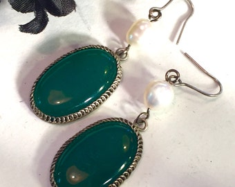 Beautiful Chinese Art Deco Green Jade Sterling Silver Pearl  Vintage Earrings