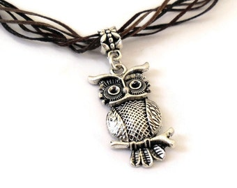 Owl Spirit Animal Totem Necklace Earthy colors for Intuition, Inspiration, Life transition, Nature, Magic and Guidance