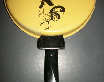 "Yellow Nordic Ware ""Good Morning"" Rooster Omelet Pan"