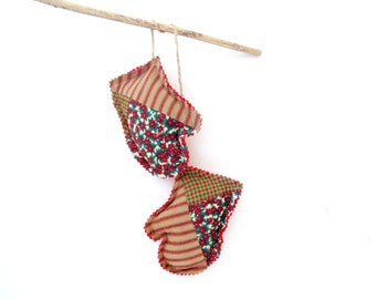 Christmas tree ornament mitten sachets, pine cinnamon scented winter sachets mitten ornaments