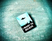 I Want to Believe X Files Alien Abduction Area 51 Star Trek Cosmos Retro