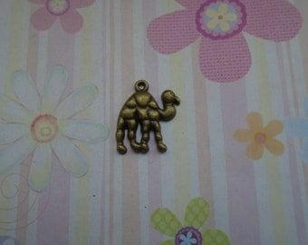 20pcs antique bronze camel findings 24mmx22mm