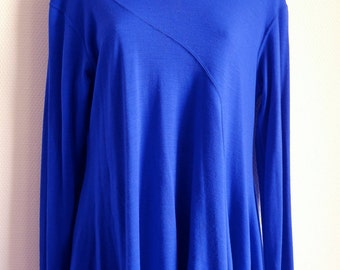 Issey Miyake sharp blue wool knit asymmetric top with long sleeves
