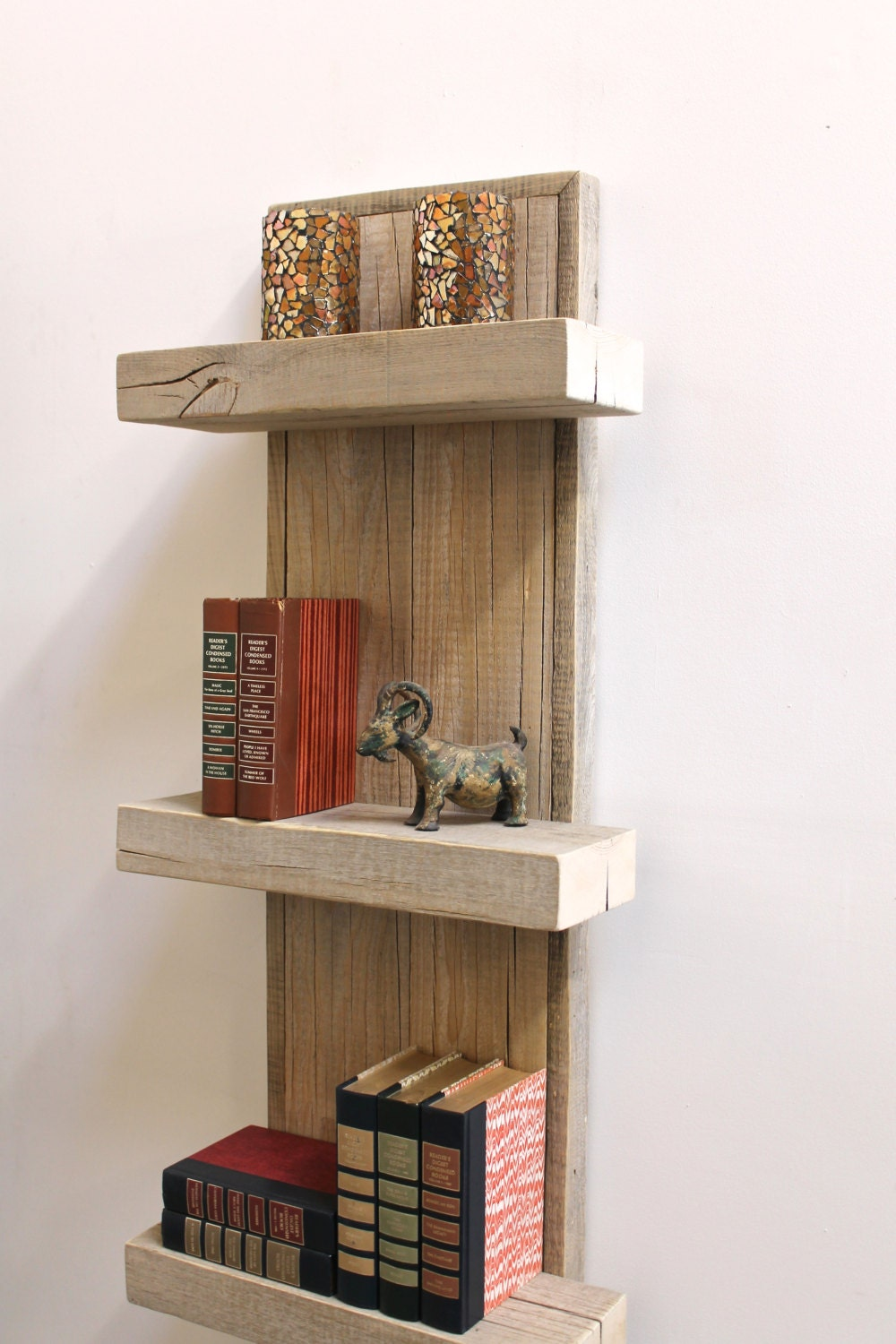 reclaimed wood shelf wall decor by realwoodworks1 on etsy. Black Bedroom Furniture Sets. Home Design Ideas