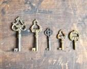 Unique Antique Key Collection - FREE SHIPPING E2063