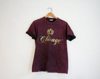 Vintage Chicago Illinois Script Gold Print T Shirt