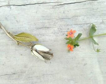 Vintage white rose enameled metal brooch pin floral delicate sweet