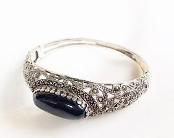 Superb Sterling silver Marcasite hinged bangle bracelet black cabochon vintage