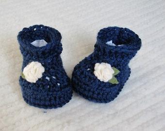 Crochet baby booties, navy blue baby booties, 3 to 6 months, baby girl booties