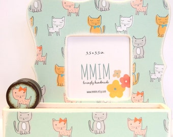 Pretty Kitty Wood Picture Frame,Scalloped Photo Frame, Kittens Frame, Kids Room Decor, Cat Image Picture Frame, Cute Kitties Tabletop, Girls