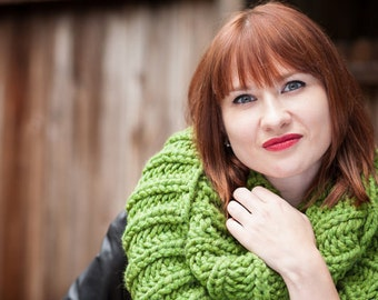 Grassy Green Chunky Infinity Scarf - Handknit, Ready to Ship