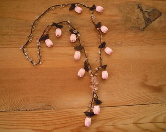 pink crochet necklace