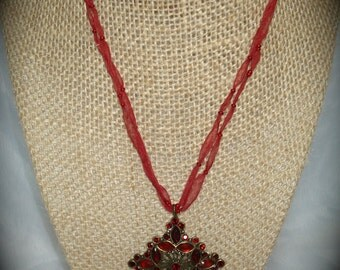 1992 Monet Burgundy antiqued Jeweled Choker.