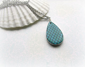 Mermaid Scales Teardrop Long necklace