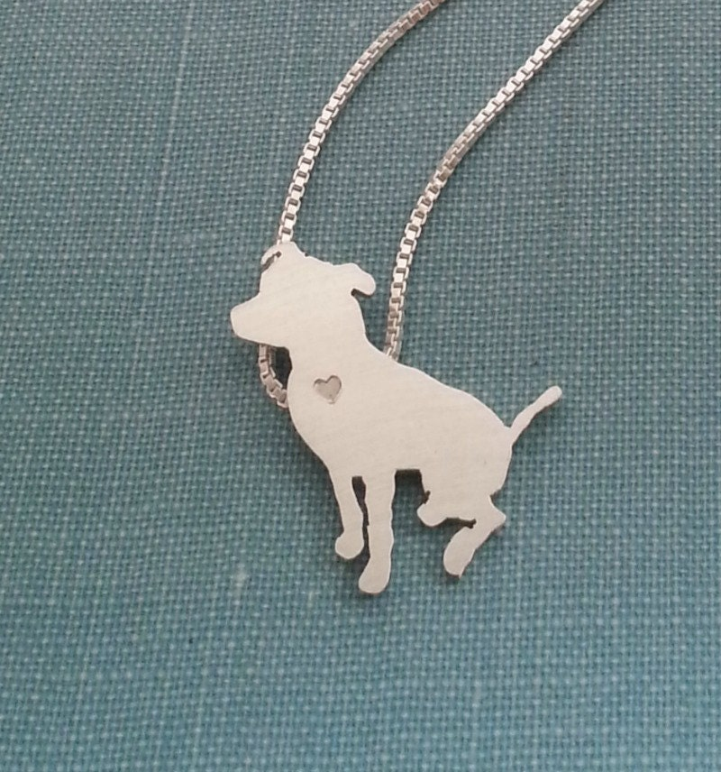 pitbull necklace sterling silver sitting pit bull
