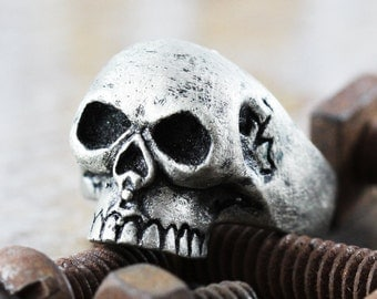 Skull Ring Men and Womens Silver Skulls Cool Jewelry