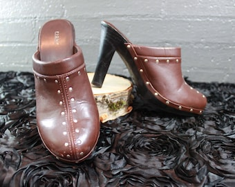 SALE Vintage 90s Brown Leather Studded Clogs Shoes Womens size 10W By Fioni