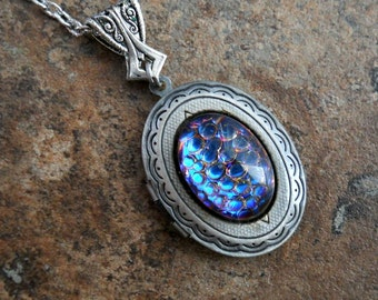 Game of Thrones Daenerys Targaryen Inspired Dragon Locket in Antiqued Silver EXCLUSIVE DESIGN Only by Enchanted Lockets