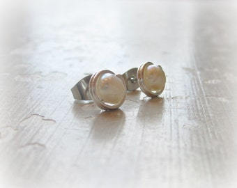 Natural Pearl Earrings, Sterling Stud Earrings, White Pearl Posts, Freshwater Pearl Earrings, Small Post Earrings, Silver Post Earrings