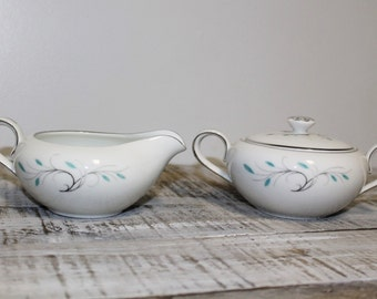 1950's Jeanette Pattern Creamer and Sugar Set Made in Japan.