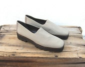Platform Normcore Donald J Pliner Stretchy Beige Fabric Leather Loafers Ladies Size 9.5