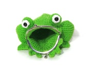 Crochet Frog Coin Purse - Amigurumi Frog Purse - Frog Bag - Frog Pouch - Coin bag - Animal Bag - Amphibian - Frog Lover - Childrens Toys