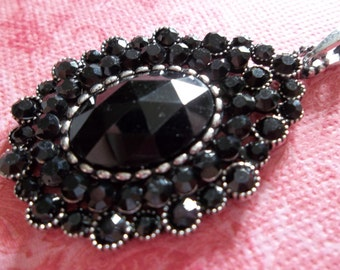 Vintage Style Black Crystal & Rhinestone Pendant - Perfect for Evening Wear - 30mm X 44mm - Qty 1