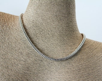 Dainty Box Weave Chainmaille Necklace