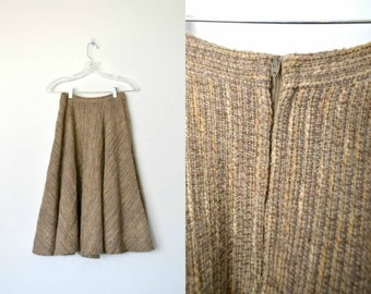 70s does 50s circle wool skirt Dark brown and beige Two side pockets Nylon or polyester lining / size small