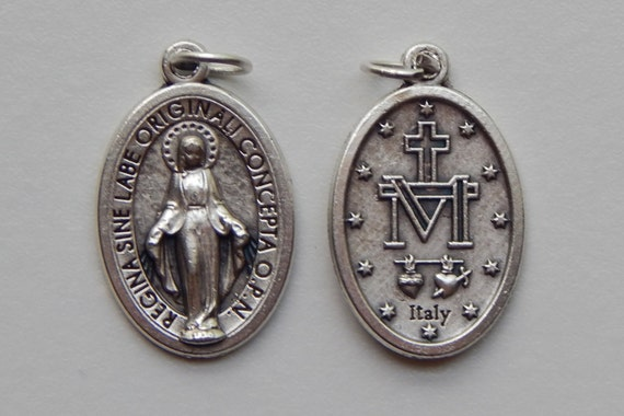 5 Patron Saint Medal Findings, Mary Immaculate, Die Cast Silverplate, Silver Color, Oxidized Metal, Made in Italy, Charm, Drop, RM814